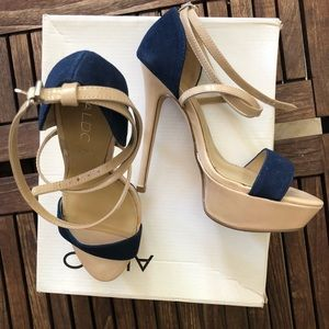 Aldo high heels blue and beige color size 5